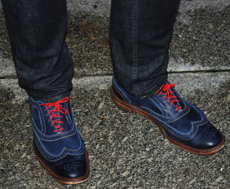 e925e4e30a404 Wearing the Neumok Wingtip Oxfords in Navy Distressed Leather, provided  courtesy of Allen Edmonds